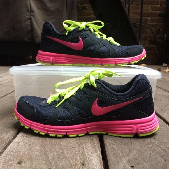 abc7091d NIKE Revolution 2 Women's 7.5 Running Sneakers